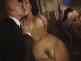 Stravos 2, French Italian  movie with sexy moms and girls