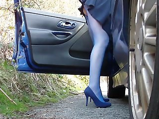 Louise's Dogging Compilation VIII - UPSKIRT