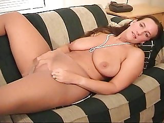Belle Masturbates On Couch In Pantyhose