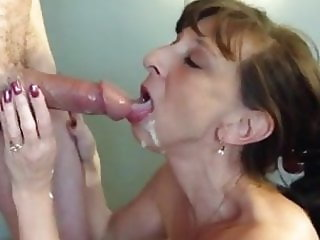 Granny whore gives blowjob