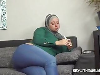 Anal Muslim wife tries a cock cigarette
