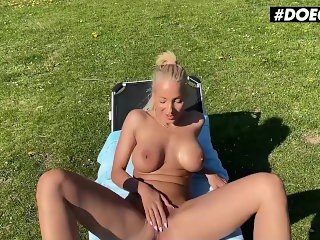 'DoeGirls - TRY NOT TO CUM! OUTDOOR SEX AND MASTURBATION COMPILATION! Tight Ass Sluts Get Wet In Hot Public Session'