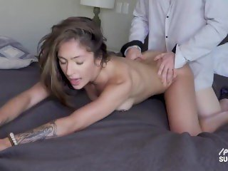 'Sugar Baby Skylar Shows She's Worth The Money After Fucking Daddy To A Huge Cumshot'