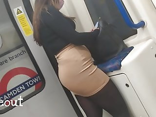Hot Indian Girl - Big Ass In Tight Skirt (BUSTED)
