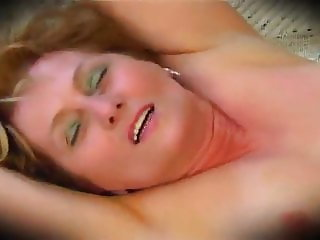 Tight Mature Mom is still an Amazing Fuck